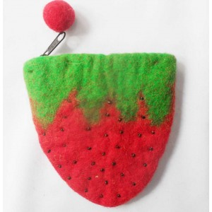 http://craftsandfelt.com/106-150-thickbox/strawberry-design-purse.jpg