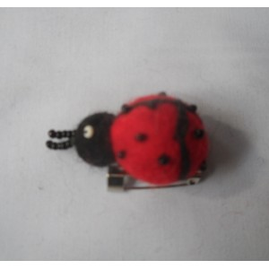 http://craftsandfelt.com/194-255-thickbox/felt-ladybird-design-brooches.jpg