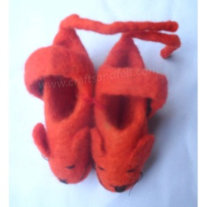 http://craftsandfelt.com/210-1023-thickbox/felt-mouse-design-shoes.jpg