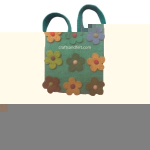 http://craftsandfelt.com/231-450-thickbox/felt-flower-baby-bag.jpg