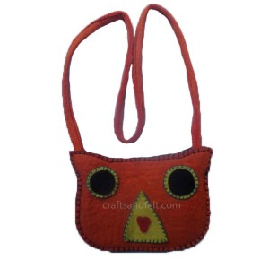 http://craftsandfelt.com/233-453-thickbox/felt-angry-bird-design-bag.jpg