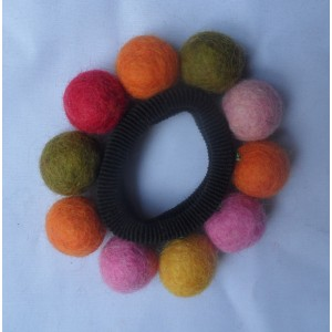 http://craftsandfelt.com/238-306-thickbox/felt-ball-hairband.jpg