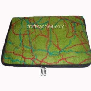 http://craftsandfelt.com/271-548-thickbox/wholesale-felt-laptop-case.jpg
