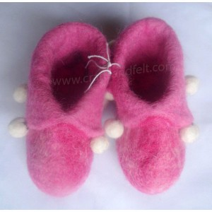 http://craftsandfelt.com/301-1000-thickbox/felt-baby-shoes.jpg