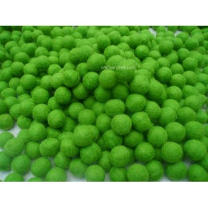 http://craftsandfelt.com/320-483-thickbox/green-color-felt-ball.jpg