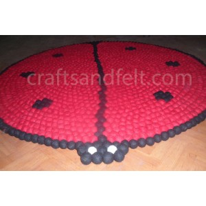 http://craftsandfelt.com/340-510-thickbox/120cm-lady-bird-design-round-felt-ball-rug.jpg