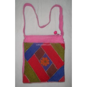 http://craftsandfelt.com/361-532-thickbox/felt-crochet-bag.jpg