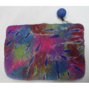 http://craftsandfelt.com/378-555-thickbox/felt-cutting-purse.jpg