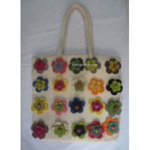 http://craftsandfelt.com/383-560-thickbox/felt-flower-bag.jpg