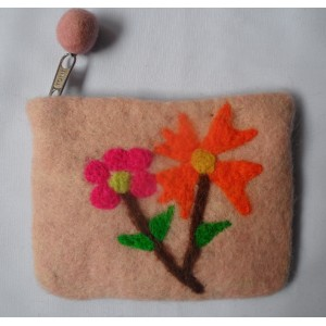 http://craftsandfelt.com/397-581-thickbox/felt-tree-design-coin-purse.jpg