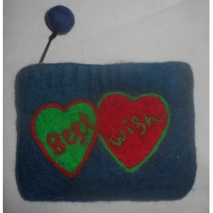 http://craftsandfelt.com/410-599-thickbox/felt-heart-design-coin-purse.jpg