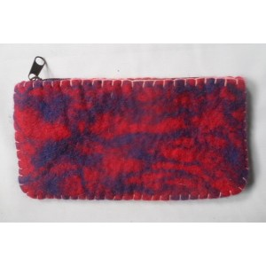 http://craftsandfelt.com/443-642-thickbox/handmade-felt-pencil-case-purse.jpg