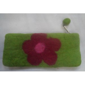 http://craftsandfelt.com/448-645-thickbox/handmade-felt-pencil-case-purse.jpg