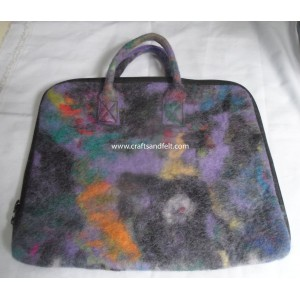 http://craftsandfelt.com/462-660-thickbox/felt-laptop-cases.jpg