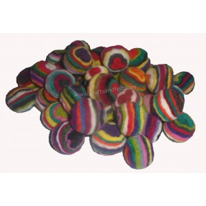 http://craftsandfelt.com/557-786-thickbox/100piece-3cm-swirly-felt-ball.jpg