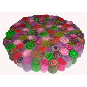 http://craftsandfelt.com/630-864-thickbox/felt-swirly-ball-trivet-coaster.jpg
