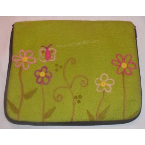 http://craftsandfelt.com/643-879-thickbox/felt-laptop-case.jpg