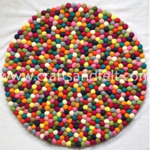 http://craftsandfelt.com/657-1185-thickbox/60cm-felt-ball-rug.jpg