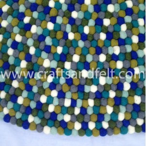 http://craftsandfelt.com/659-1287-thickbox/150cm-green-shades-felt-ball-rug.jpg