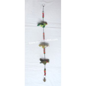 http://craftsandfelt.com/690-971-thickbox/felt-bird-design-door-hanging.jpg