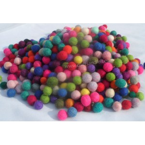 http://craftsandfelt.com/717-1084-thickbox/1000-piece-1cm-mixed-colour-felt-ball.jpg