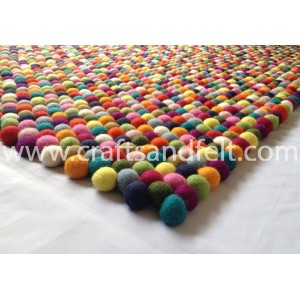 http://craftsandfelt.com/740-1174-thickbox/200cm-x-150cm-rectangular-felt-ball-rug.jpg