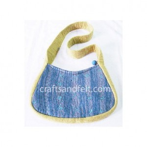 http://craftsandfelt.com/94-473-thickbox/wholesale-wool-felt-bag.jpg