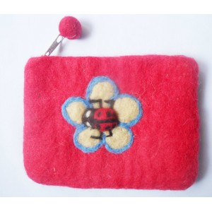 http://craftsandfelt.com/95-137-thickbox/felt-lady-bird-design-coin-purse.jpg